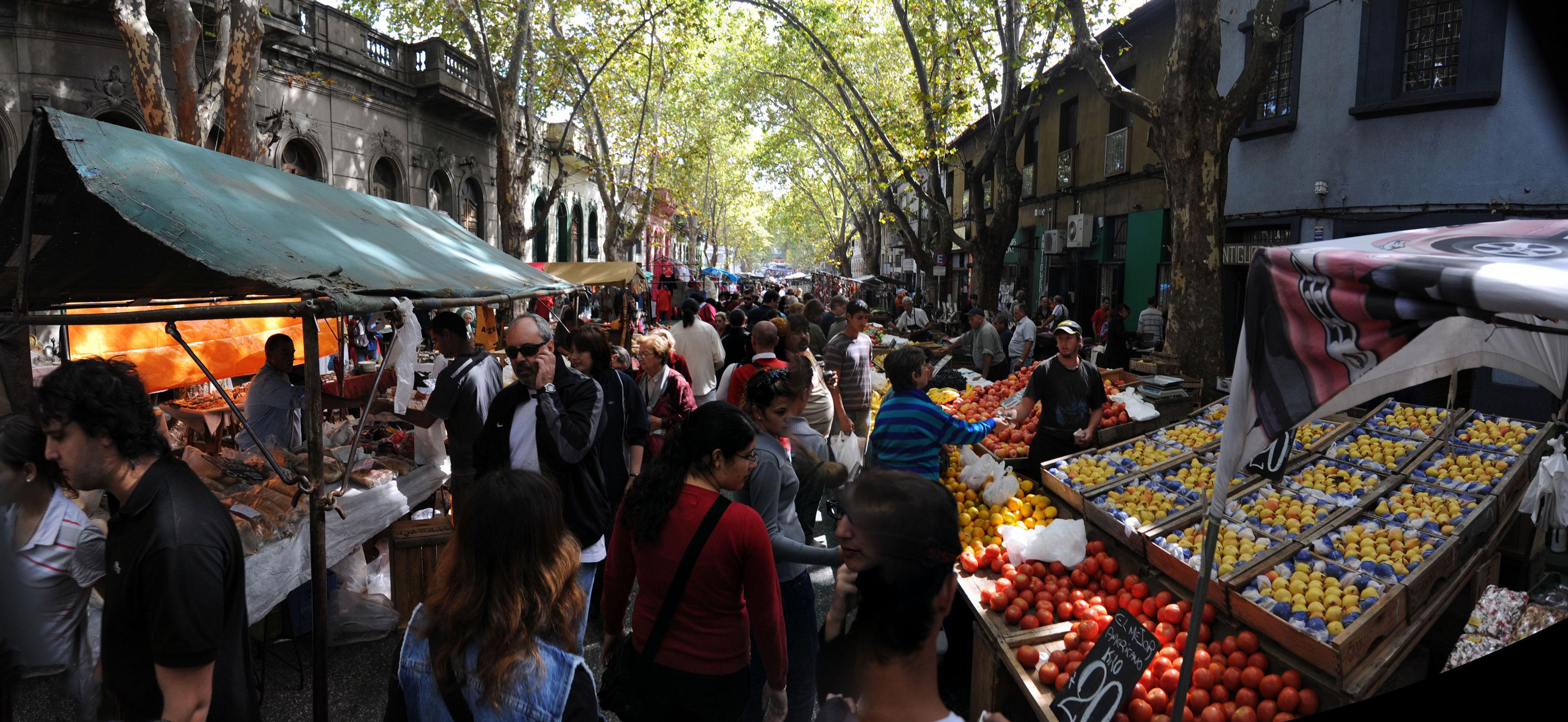 Mont-weekend-street-market-7