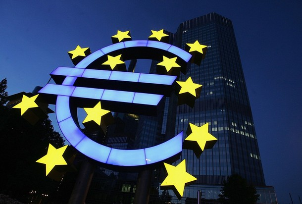FRANKFURT, GERMANY - JUNE 13: (FILE PHOTO) A huge euro logo is seen in front of the headquarters of the European Central Bank (ECB) on June 13, 2005 in Frankfurt, Germany. In the fight against the recession in many countries of the euro-area the European central bank lowered the key interest again clearly. The most important interest for the supply of the credit and finance with central bank money is reduced by 0,5 per cent points to 2,0 per cent. (Photo by Ralph Orlowski/Getty Images)