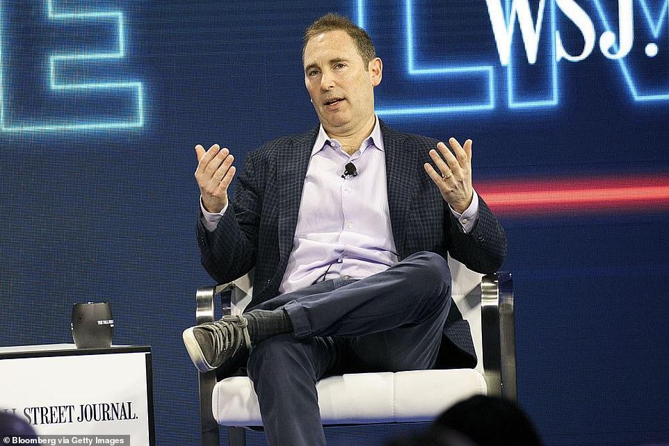 Jeff Bezos เตรียมลงตำแหน่ง CEO แห่ง Amazon ภายในปีนี้